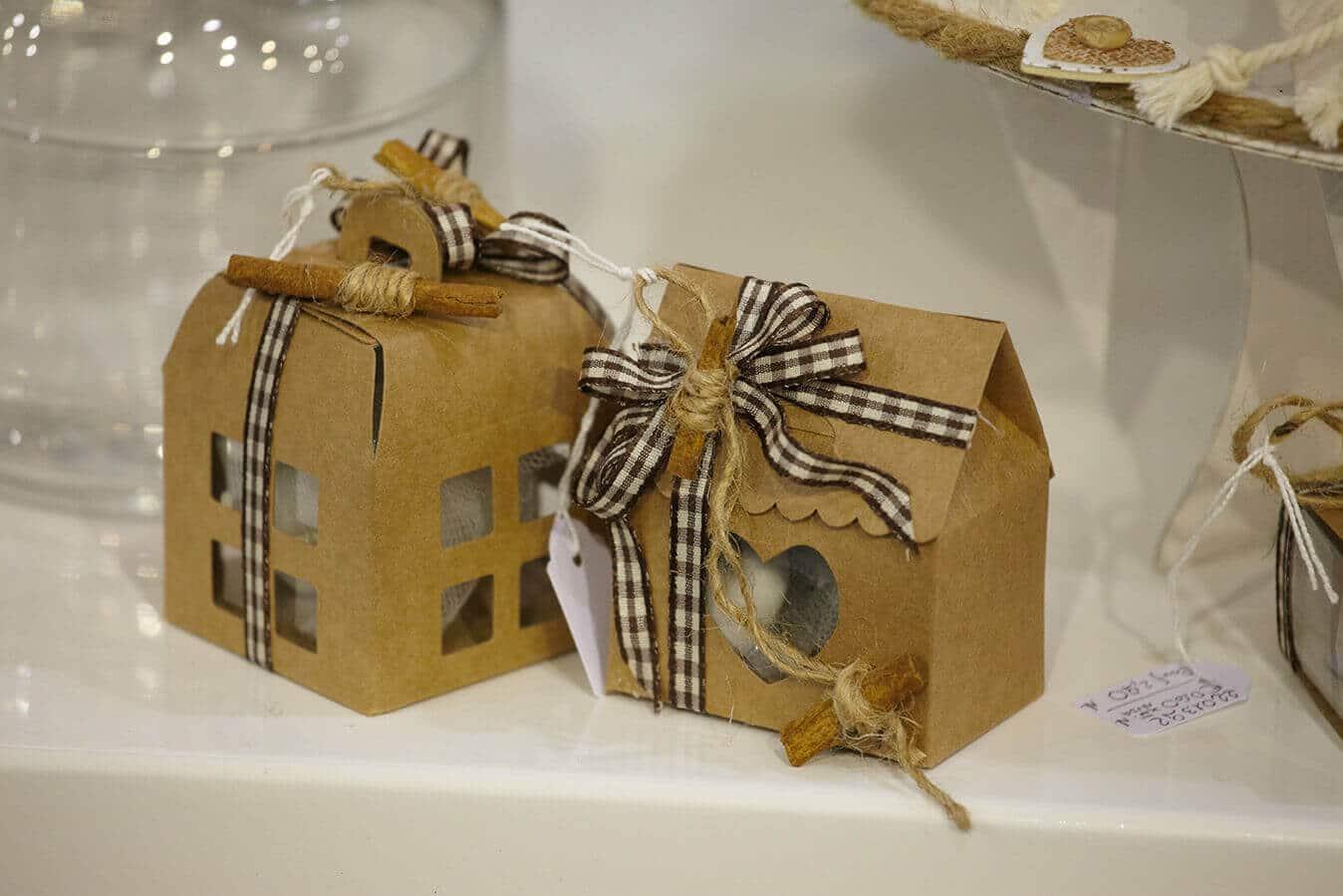 Scatoline casetta in cartone special days bomboniere - Casette di cartone da costruire ...
