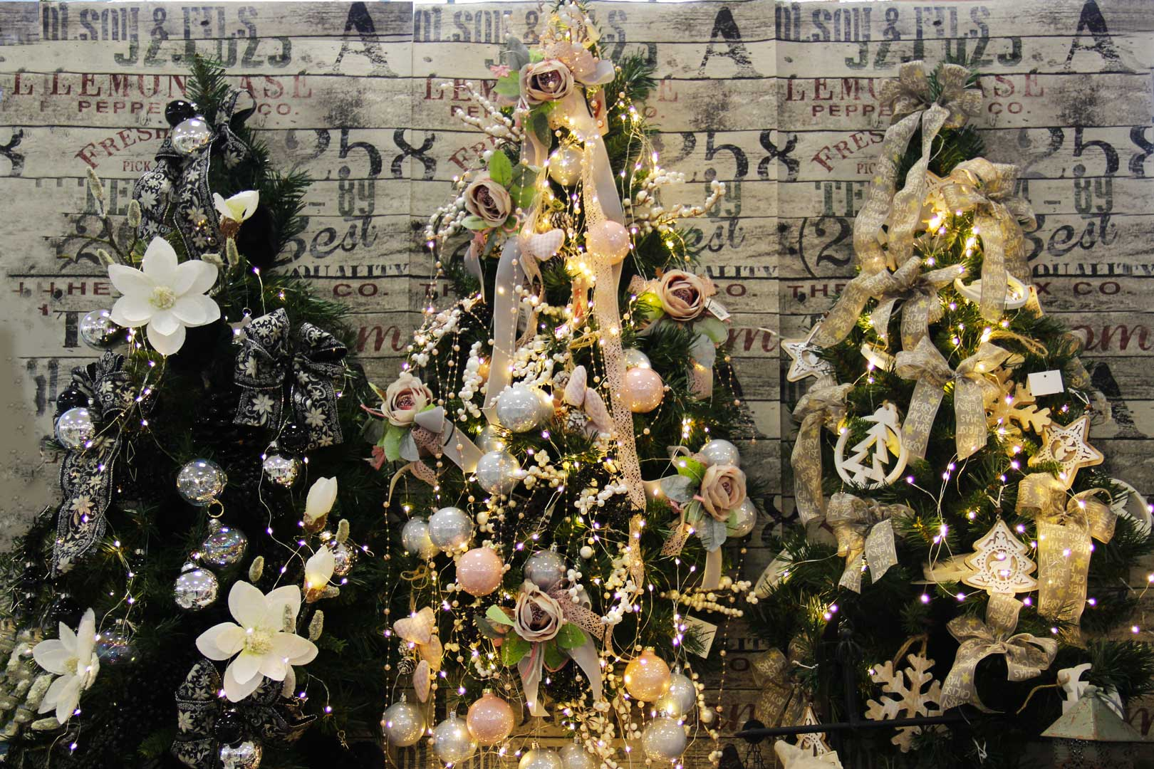 http://www.specialdays-eventi.it/wp-content/uploads/2017/11/albero-natale-special-days-4.jpg